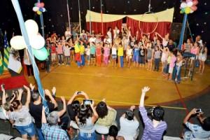 Escola de Circo 20 anos
