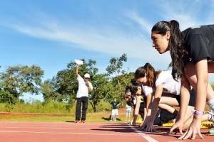 Jogos-Universitários-3º-dia-Atletismo-089-730x487